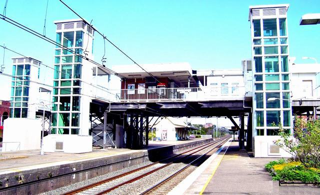 Carlton Station(Broad)-2